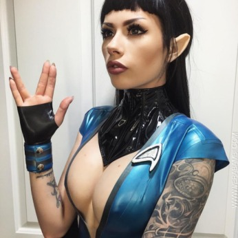 Vera Bambi Spock iPhone photo taken by GAUNTED PHOTOGRAPHY for San Diego Comic Con International 2016
